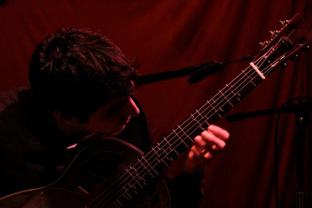 giacomo_ji_guitar
